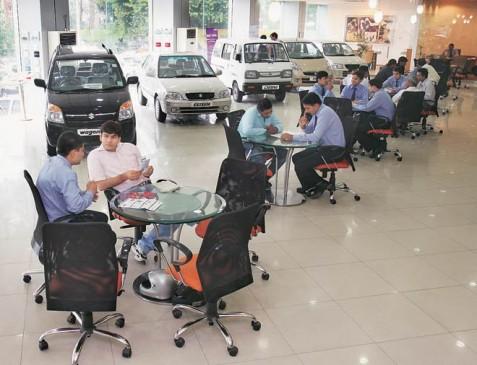 गणेश उत्सव पर आॅटोमोबाइल कंपनियां दे रहीं 2 लाख रुपए तक का डिस्काउंट, इन कारों पर है आॅफर