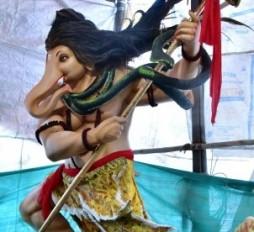 भक्तों को भा रही बप्पा की मनमोहक मूर्तियां, इको फ्रेंडली गणेश स्थापित करने पर भी जोर