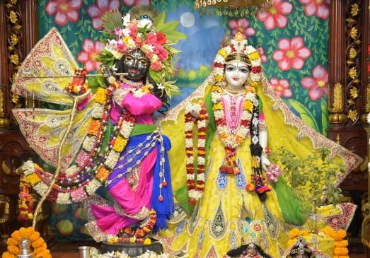 जन्माष्टमी के दिन कृष्ण मंदिर में चोरी, करीब 50 लाख रुपए के गहने और नकदी ले उड़े चोर