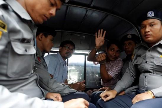 रोहिंग्या पर रिपोर्ट तैयार करने म्यांमार गए रॉयटर्स के दो पत्रकारों को 7 साल की कैद