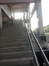 मेट्रो स्टेशन के लिए चायना से आ रहे एक्सीलेटर, सुभाष नगर स्टेशन पर लगाने की है तैयारी