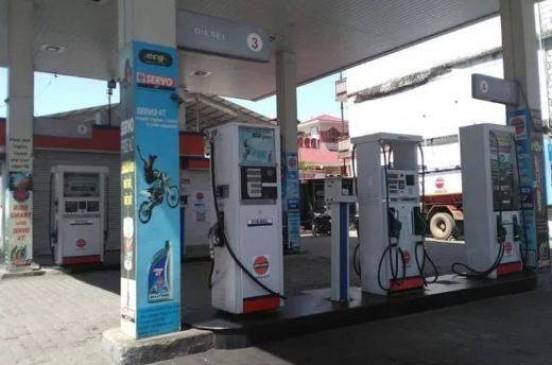 दिल्ली सरकार से पेट्रोल डीलर्स नाराज, सोमवार को बंद रहेंगे 400 पेट्रोल पंप