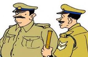 यूपी के मंत्री ने हत्या के आरोपी को कराया सरेंडर, पुलिस की गुपचुप कार्रवाई सवालों के घेरे में