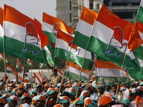 विदेशी निवेश में महाराष्ट्र अव्वल, कांग्रेस का आरोप- झूठे आंकड़े पेश कर रही सरकार