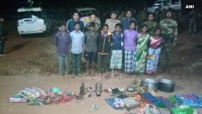 दंतेवाड़ा : पुलिस ने नक्सली कैंप को किया ध्वस्त, आठ गिरफ्तार