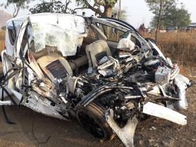 मनमाड़ के पास दुर्घटना में एक ही परिवार के 6 लोगों की मौत