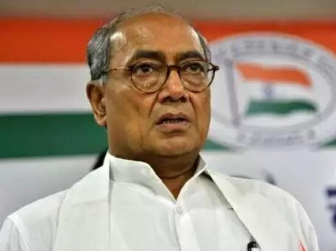 भीमा कोरेगांव : कांग्रेस का आरोप- MP चुनाव जीतने के लिए दिग्विजय को घसीट रही है बीजेपी