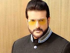 अवैध शराब रखने के आरोप में अभिनेता अरमान कोहली गिरफ्तार, मिली विदेशी शराब की 41 बोतलें