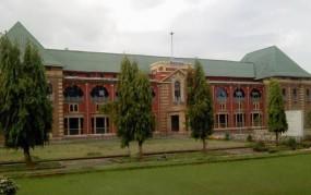 नागपुर विधानसभा के सामने खंडहर हो चुकी विवादित इमारत में बनेगा प्रशासनिक कार्यालय