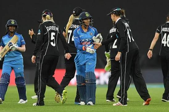 IND VS NZ Womens: स्मृति-रोड्रिगेज के दम पर भारत ने न्यूजीलैंड को 9 विकेट से हराया