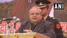 अपना फायदा देखते हैं महबूबा और उमर, जम्मू-कश्मीर से कोई लेना-देना नहीं : राज्यपाल मलिक