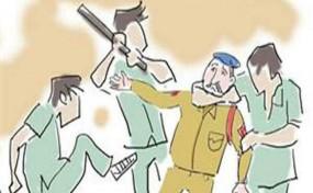 लुटेरों ने एएसआई पर किया चाकू से हमला