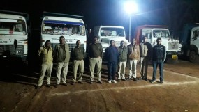 हिरण नदी में रेत का अवैध उत्खनन, पुलिस ने देर रात दी दबिश, रेत से भरे हाईवा किए जब्त