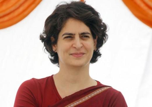 प्रियंका गांधी के खिलाफ किया था अश्लील ट्वीट, युवक अरेस्ट