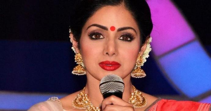 बॉलीवुड अभिनेत्री श्रीदेवी का बचपन से आखिर तक का सफर