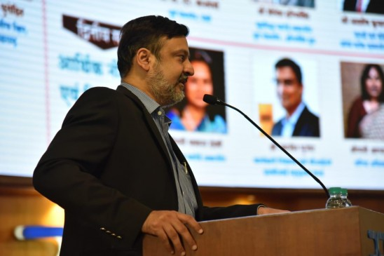 ट्रांसफॉर्मिंग इंडिया समिट में बदलते भारत पर चर्चा, एसबीआई चेयरमैन रजनीश ने किया उद्घाटन