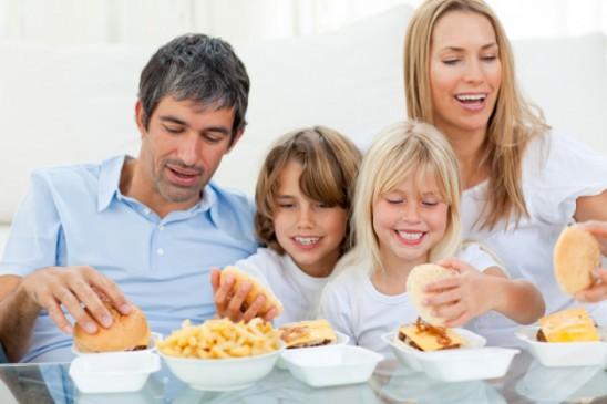 बच्चों को भूलकर भी न खिलाएं ये चीजें...सेहत पर पड़ सकता है बुरा असर