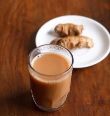 अदरक वाली चाय... प्रेग्नेंट महिलाओं के लिए है हानिकारक, जानें कारण