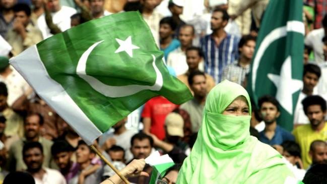 पाकिस्तान के इन अजीबों-गरीब कानूनों को नापसंद करते हैं लोग
