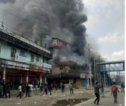 अरुणाचल में हिंसा की आग, 60 गाड़ियों के साथ डिप्टी CM का घर भी फूंका