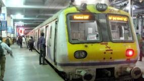 मुंबई लोकल या लाइफ लाइन ट्रेन, ट्रांसप्लांट के लिए दूसरी अस्पातल पहुंचाया लिवर