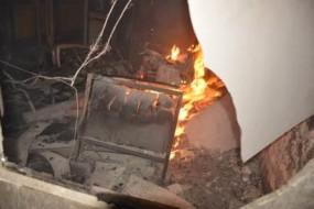 पश्चिम मध्य रेलवे के जबलपुर मंडल कार्यालय में लगी भीषण आग, करोड़ों का नुकसान