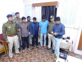 महाराष्ट्र से खरदीकर एमपी में बेचते थे देशी पिस्टल, तीन तस्कर गिरफ्तार