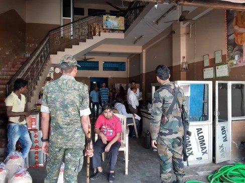 बालाघाट और वारासिवनी में 3 प्रतिष्ठानों पर आयकर का छापा