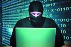 सोशल मीडिया से तस्वीरें चोरी कर बनाता था अश्लील फोटो, गुजरात से धराया ब्लैकमेलर