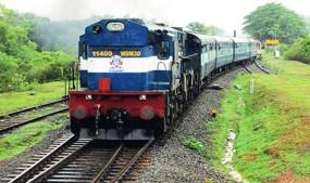 इस समर वेकेशन में चलेंगी 100 स्पेशल ट्रेनें, टिकट के लिए देना होगा अतिरिक्त किराया