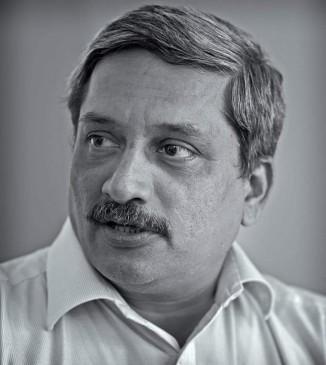 तस्वीरों में देखिए गोवा के मुख्यमंत्री मनोहर पर्रिकर का राजनीतिक सफर