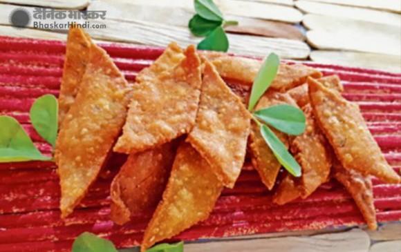 Holi Celebration: घर पर ऐसे बनाएं नमकीन डिश, कसूरी क्रिस्पी