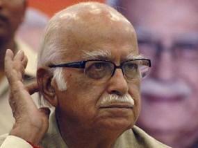 आडवाणी होंगे महाराष्ट्र भाजपा के स्टार प्रचारक, यूपी के सीएम, पूर्व मुख्यमंत्री शिवराज और वसुंधरा भी होंगे शामिल