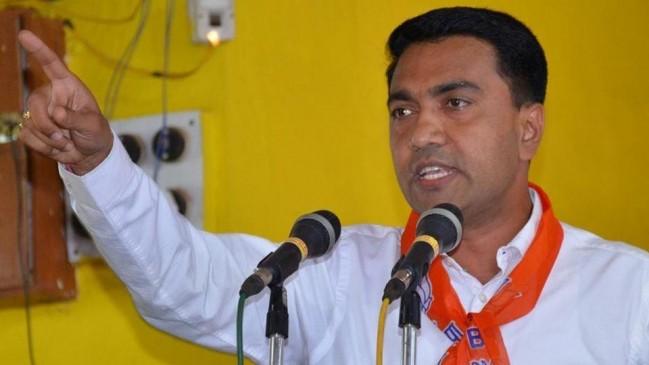 LIVE : राज्यपाल के पास विधायकों की चिट्ठी लेकर पहुंचे BJP नेता