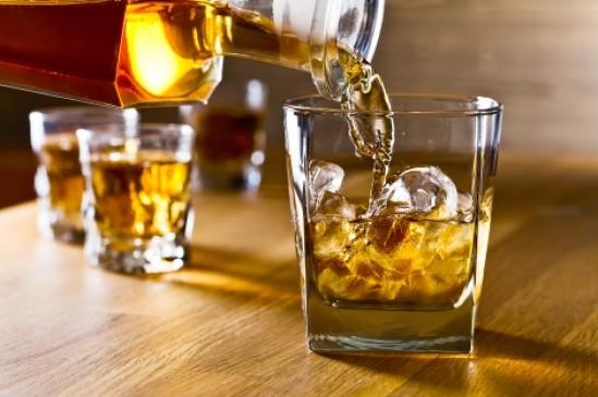 नागपुर में घट रही शराब से सरकार की कमाई तो राज्य में बढ़ी, भंडारा में 98.55 प्रतिशत राजस्व बढ़ा