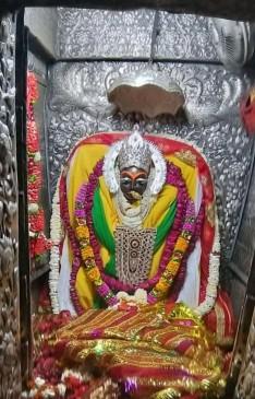 मैहर शारदा देवी शक्तिपीठ में आते हैं देश भर से श्रद्धालु - नवरात्रि मेला कल से