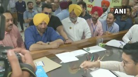 पंजाब: सनी देओल ने गुरदासपुर लोकसभा सीट से दाखिल किया नामांकन
