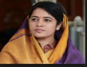 भाजपा की लोकसभा प्रत्याशी रीति पाठक को कांग्रेस कार्यकर्ता ने दी धमकी