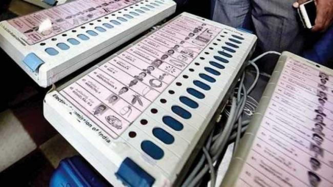 चुनाव आयोग का निर्देश - निजामाबाद सीट पर 185 उम्मीदवारों के लिए EVM तैयार