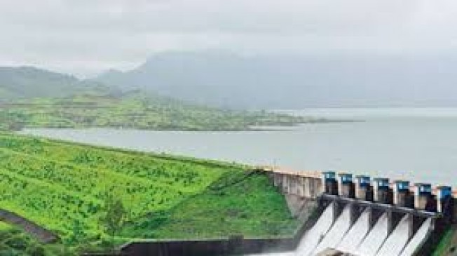 महाराष्ट्र के जलाशयों में सिर्फ 23.71 फीसदी पानी,जलापूर्ति के लिए जीपीएस से टैंकरोंकी निगरानी