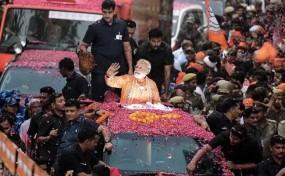 वाराणसी: मोदी के खिलाफ मैदान में 102 उम्मीदवार, बैलेट पेपर से होगा चुनाव !