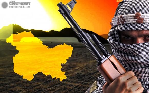 जम्मू-कश्मीर: पुलवामा में लश्कर-ए-तैयबा के 4 आतंकी ढेर, जैश का आतंकी फैयाज गिरफ्तार
