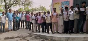 39 डिग्री टेम्प्रेचर में मतदान, दिव्यांग, बुजुर्गों में दिखा उत्साह, घोड़ी चढ़कर मतदान करने पहुंचा दुल्हा