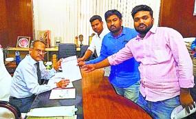 पाठ्यक्रम बंद करने से परेशान 129 कालेज ने शिक्षा मंत्री से लगाई गुहार