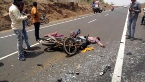 बस ने बाइक सवारों को रौंदा, तीन की दर्दनाक मौत, अन्य हादसों में दो की मौत