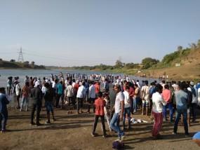 नर्मदा में डूबने से दो किशोरों की मौत - पूरे गांव में पसरा मातम