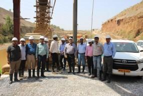 टनल निर्माण के रोड़ा देखने दिल्ली-कोलकाता से पहुंची हाई लेवल टीम