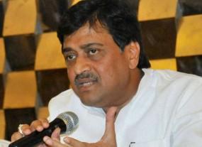 हार के बाद कांग्रेस अध्यक्ष राहुल से मुलाकात करने दिल्ली जा रहे हैं अशोक चव्हाण