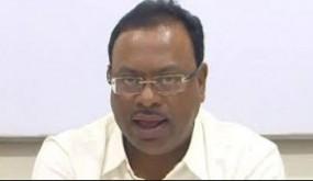 रिलैक्स मूड में भाजपा नेता निकले विदेश टूर पर