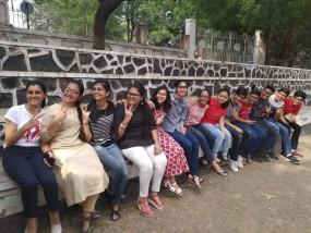 सीबीएसई 10वीं परीक्षा में नागपुर की आर्या डाऊ ने मेरिट लिस्ट में बनाई जगह